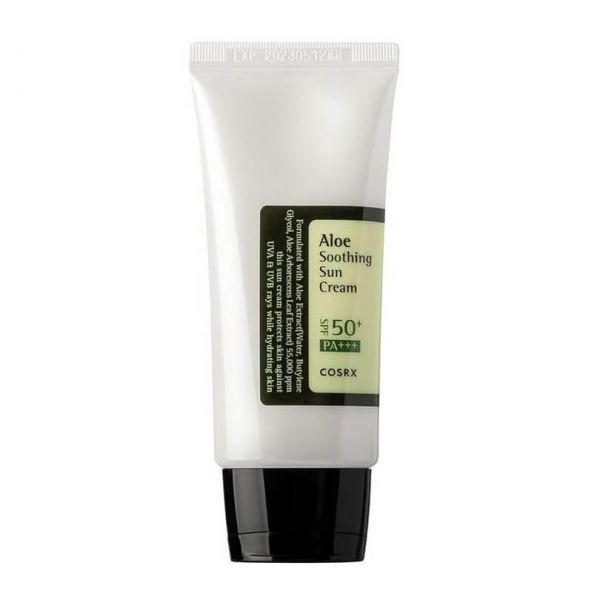 This Cosrx Aloe Soothing Sun Cream SPF50+ protects the skin against UVA and UVB rays, whilst moisturising the skin.