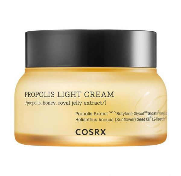 This Cosrx Propolis Light Cream is a soft cream that provides deep moisture and nourishment to the skin.