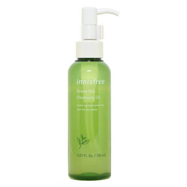 This Innisfree Green Tea cleansing oil helps to easily dissolves make-up and gets rid of impurities and dirt.