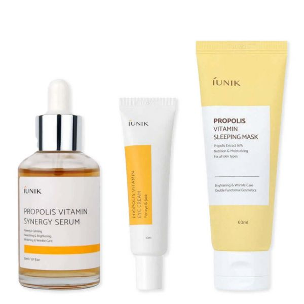 iUNIK Propolis Vitamin Set helps to nourish and brighten skin, gets rid of wrinkles and provides deep hydration to skin.