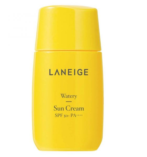 Laneige Watery Sun Cream is a moisturising and hydrating sunscreen that guards the skin against UV rays.
