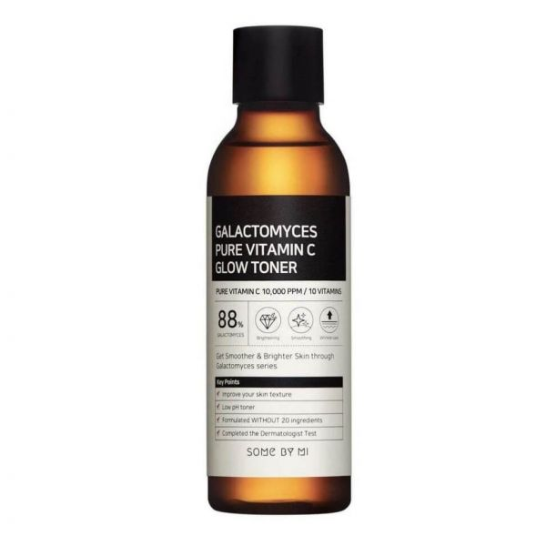 This Some By Mi Galactomyces Pure Vitamin C Glow Toner helps to brighten skin, calm skin irritations and with anti-ageing.