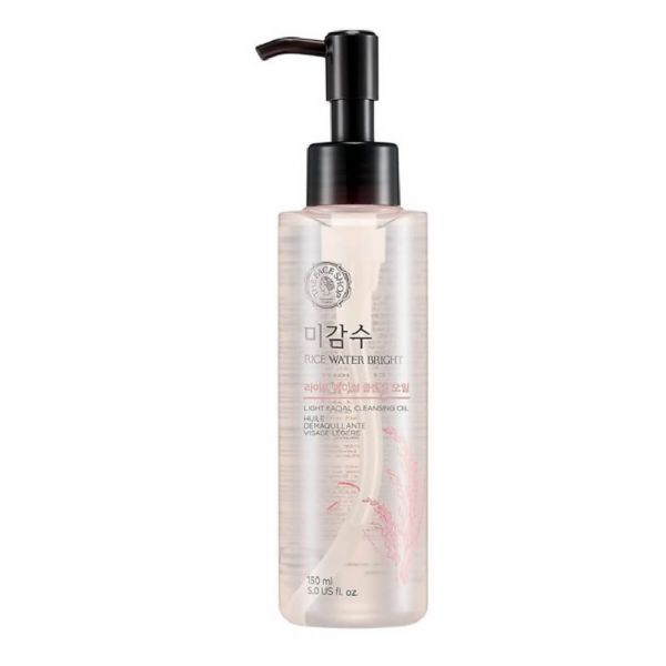 This Face Shop Rice Water light facial cleansing oil helps to effectively remove heavy makeup and impurities from the skin.