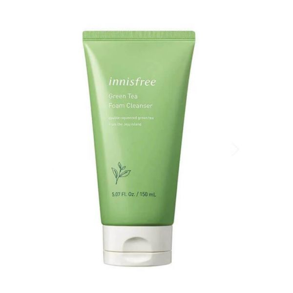 Green tea foam cleanser by Innisfree that cleanses skin and washes away dirts and impurities from skin.