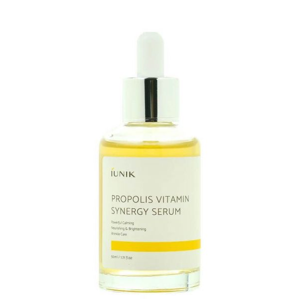 This iUNIK Propolis Vitamin Synergy Serum is a powerful calming, nourishing and brightening serum that revitalises the skin.