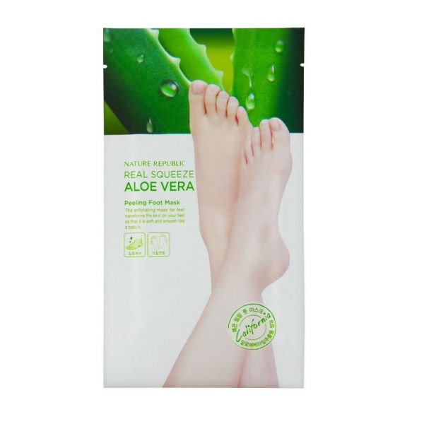 This peeling foot mask containing Aloe Vera extracts helps to get rid of dead skin cells and soften cracked calluses.