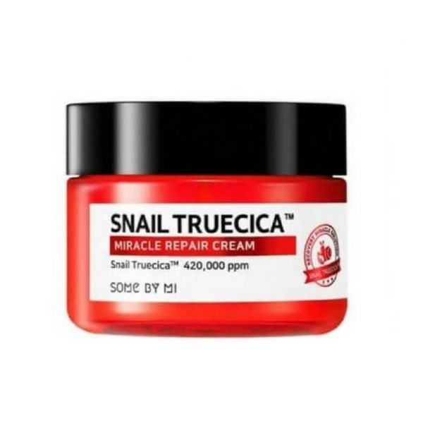 This Some By Mi Snail Truecica Miracle Repair Cream helps to protect skin from external stress and repair damaged skin.